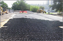 Aggregate Filled Porous Pavements - GeoPave